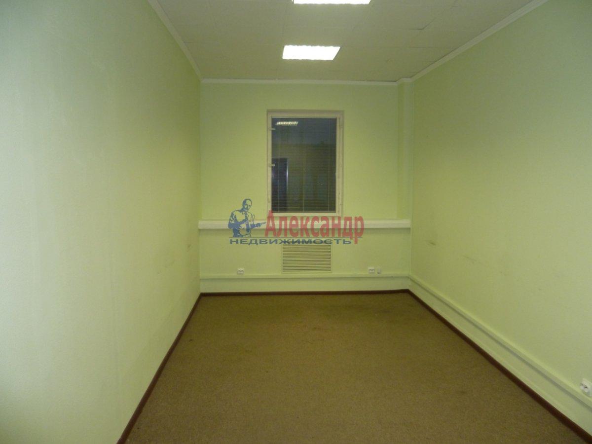 Офис (70м2) в аренду — фото 2 из 3