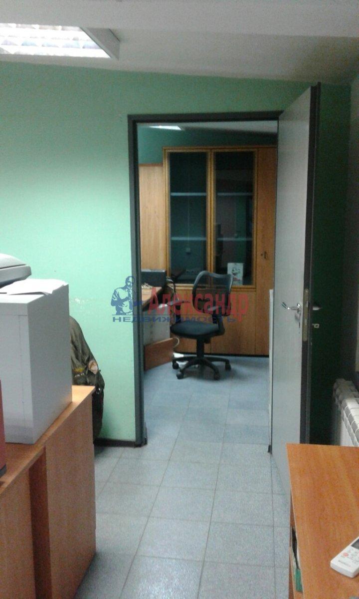 Офис (50м2) в аренду — фото 8 из 13