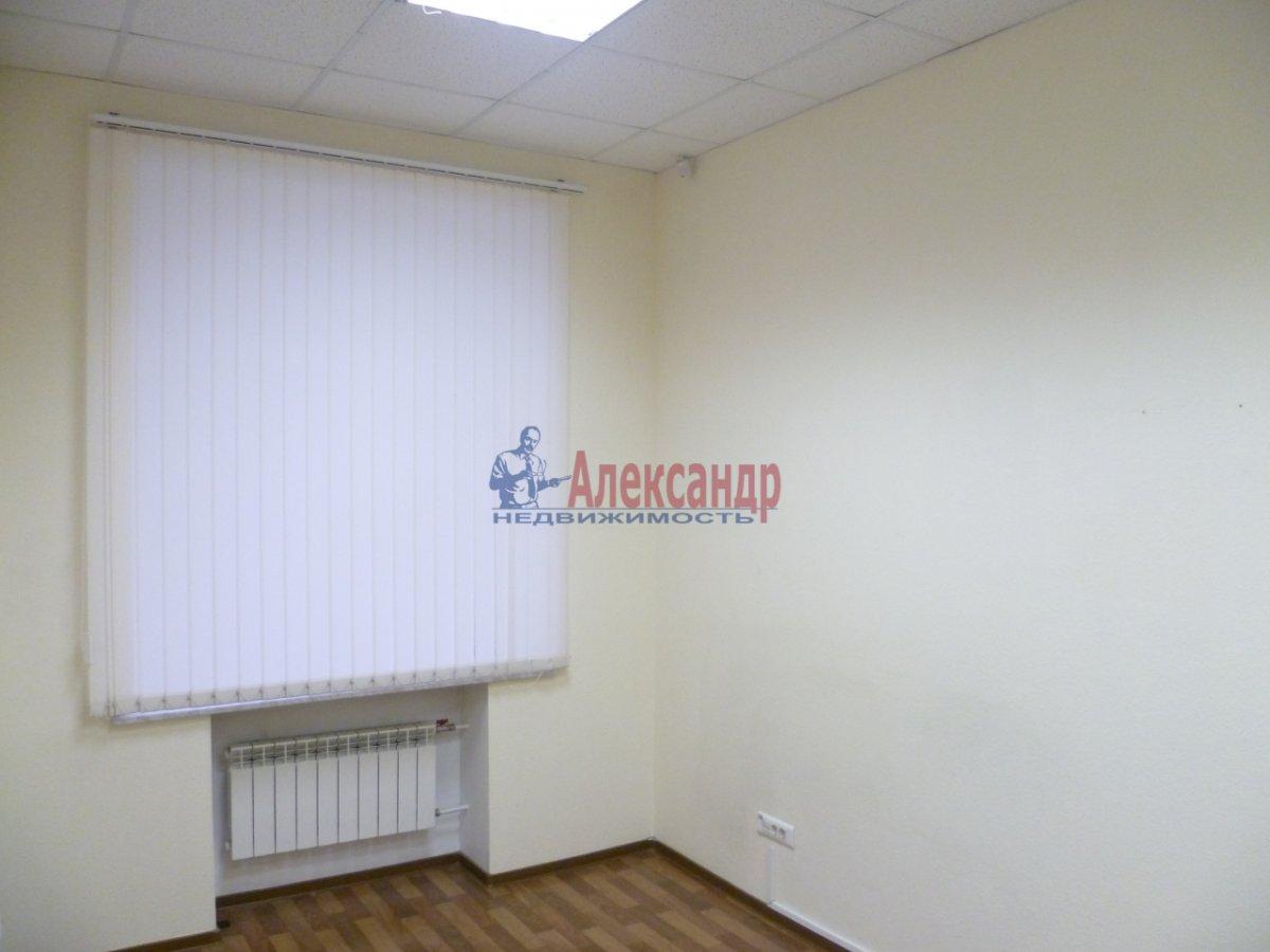 Офис (70м2) в аренду — фото 3 из 3