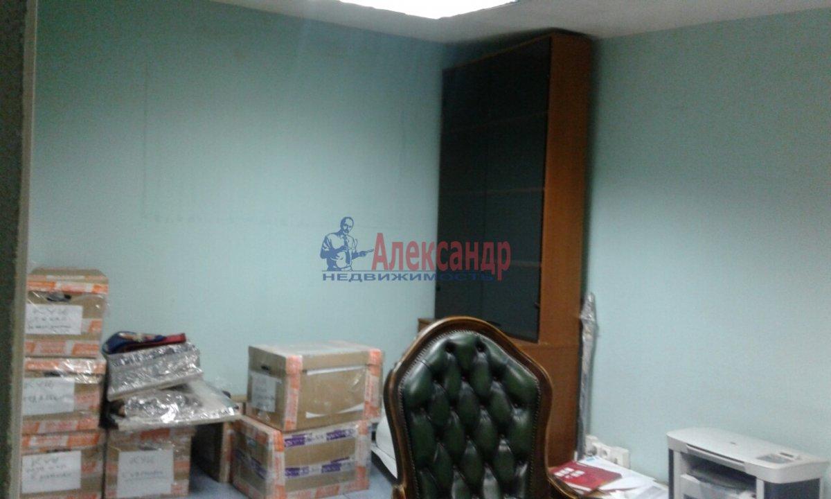 Офис (50м2) в аренду — фото 9 из 13