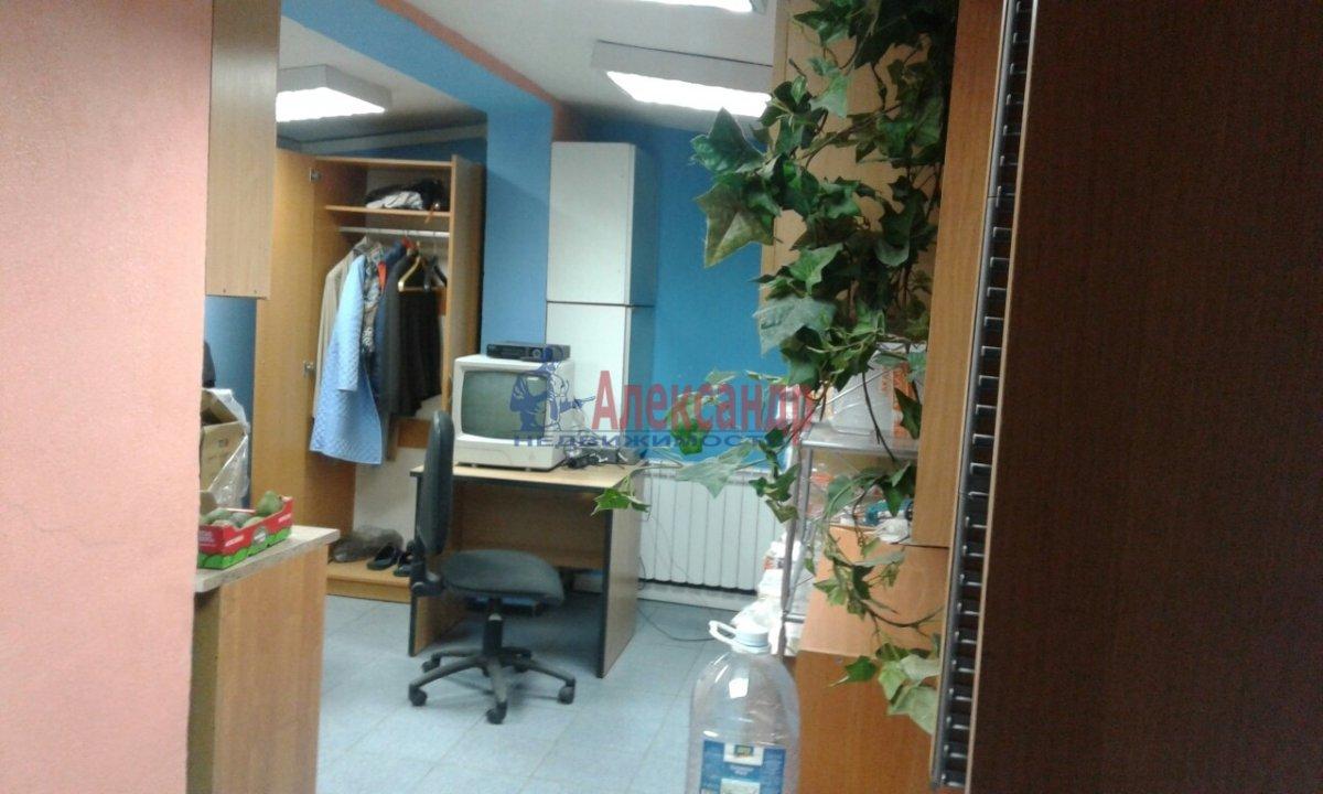 Офис (50м2) в аренду — фото 4 из 13