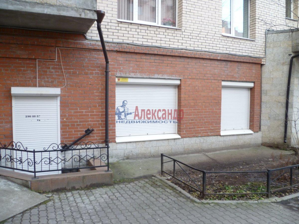 Офис (42м2) в аренду — фото 1 из 9