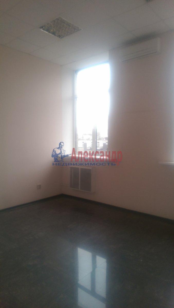Офис (900м2) в аренду — фото 22 из 26