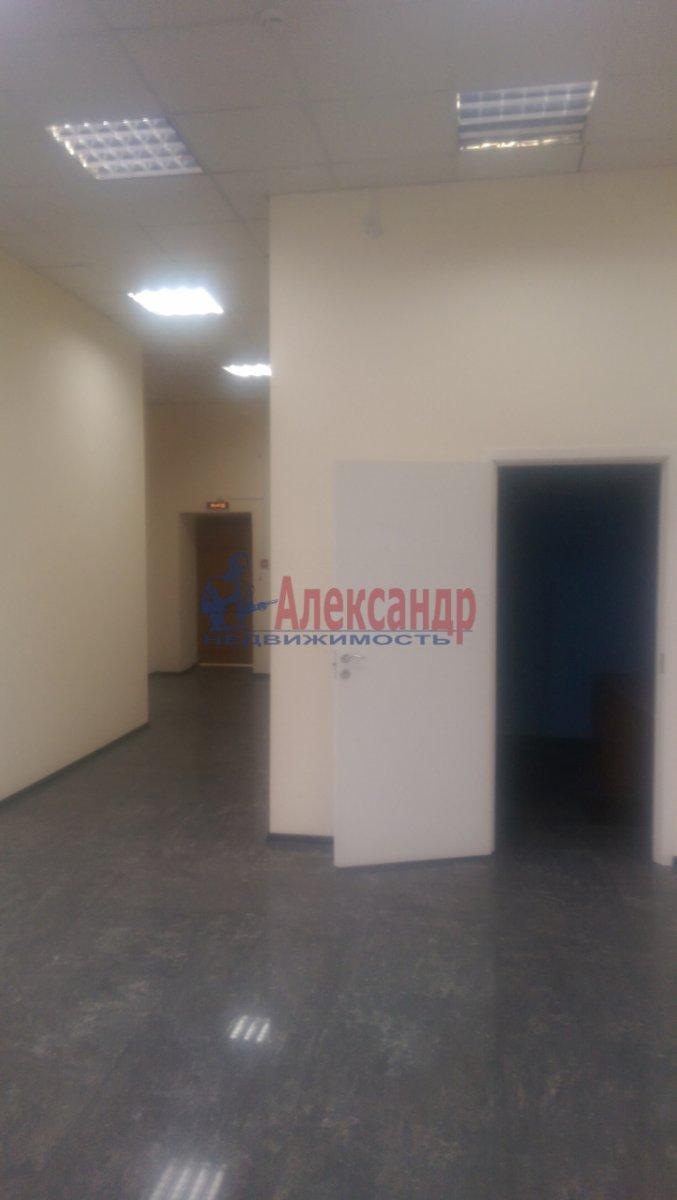 Офис (900м2) в аренду — фото 24 из 26
