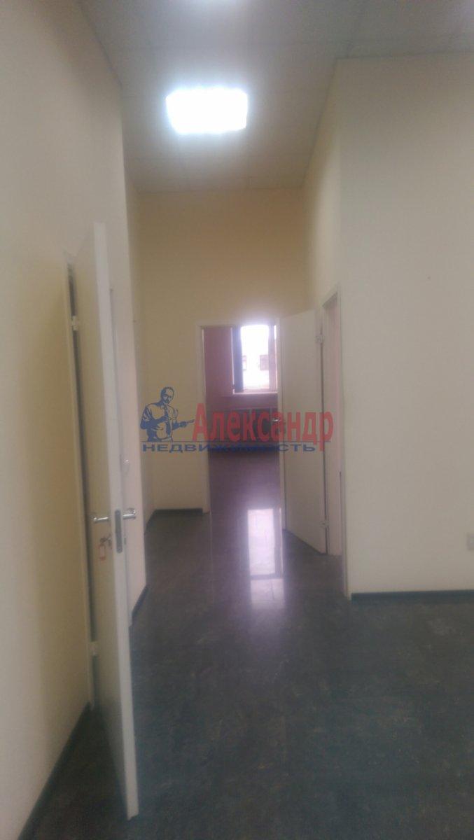 Офис (900м2) в аренду — фото 25 из 26