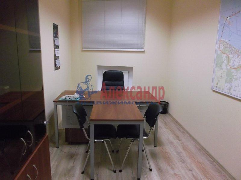 Офис (118м2) в аренду — фото 4 из 16