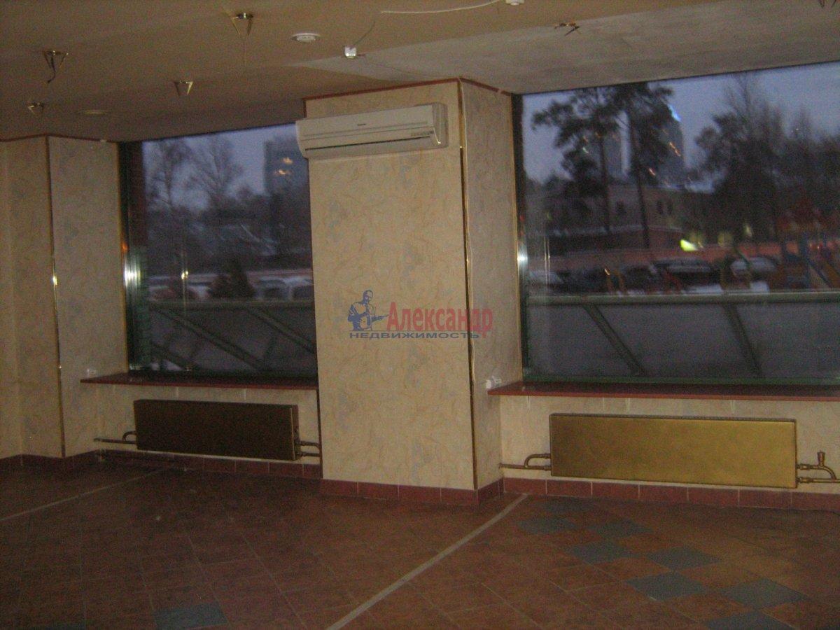 Торговое помещение (180м2) в аренду — фото 5 из 5