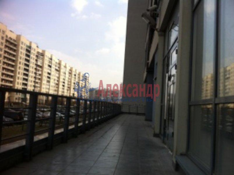 Торговое помещение (98м2) в аренду — фото 1 из 8