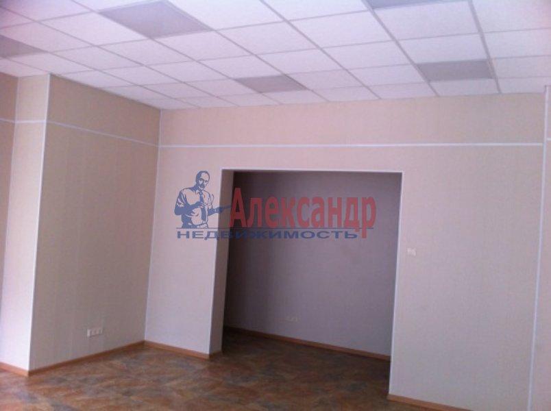 Торговое помещение (77м2) в аренду — фото 2 из 4