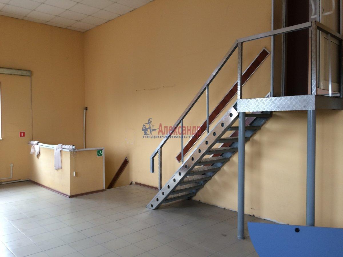 Офис (215м2) в аренду — фото 2 из 8