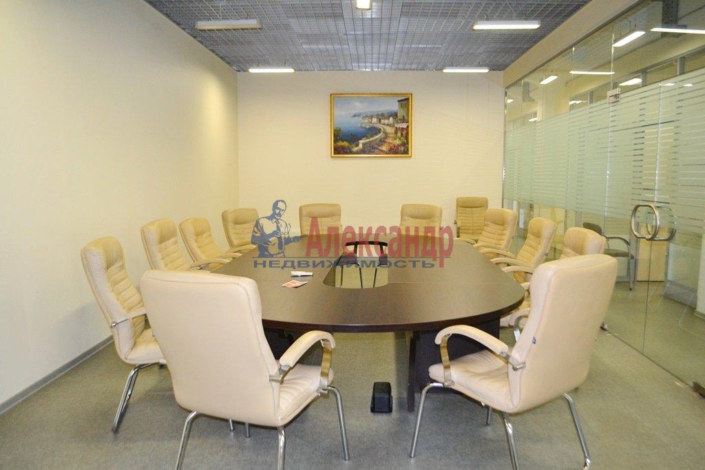 Офис (574м2) в аренду — фото 1 из 16