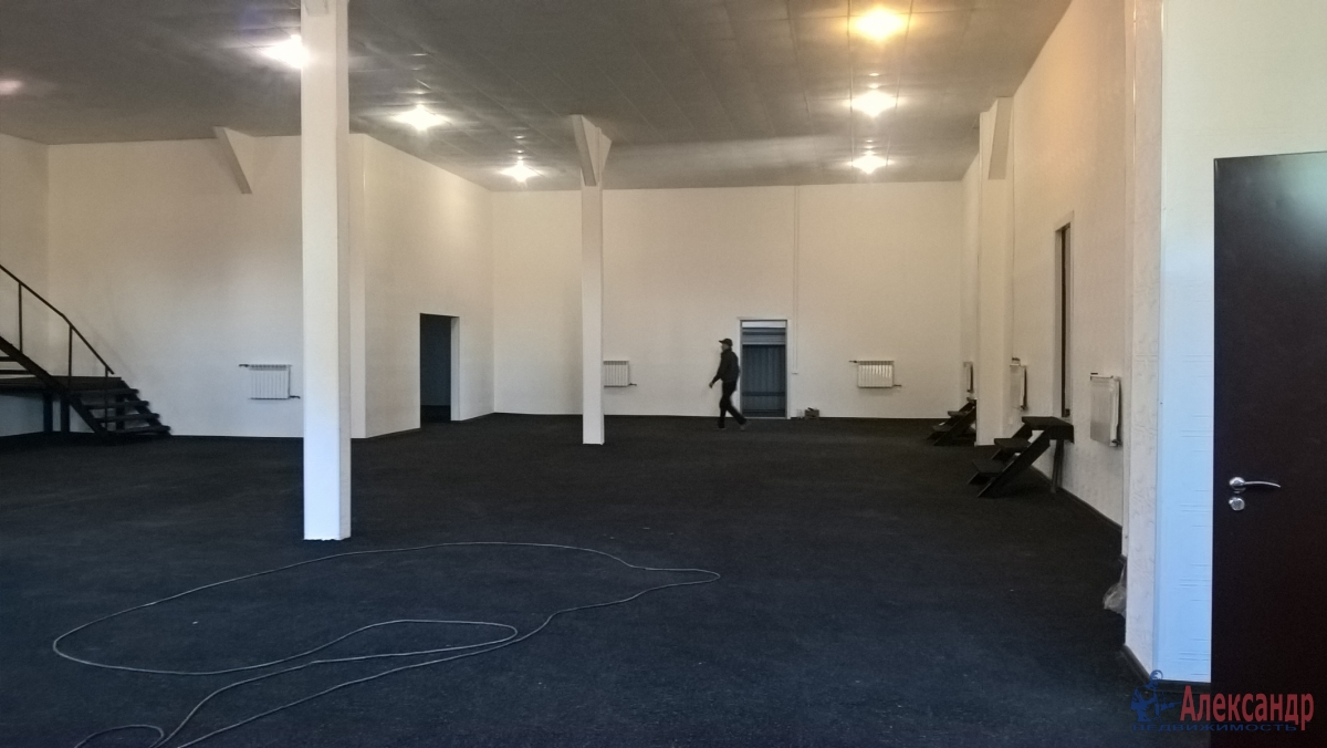 Производственное помещение (915м2) в аренду — фото 1 из 12