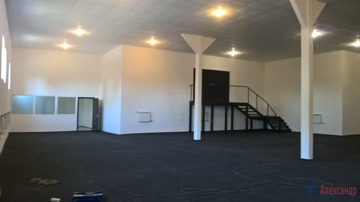 Производственное помещение (915м2) в аренду — фото 2 из 12