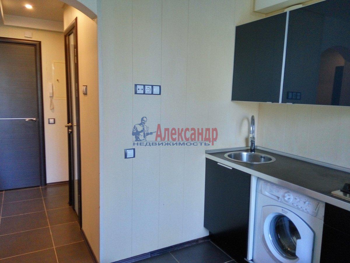 1-комнатная квартира (33м2) в аренду по адресу Художников пр., 19— фото 5 из 11