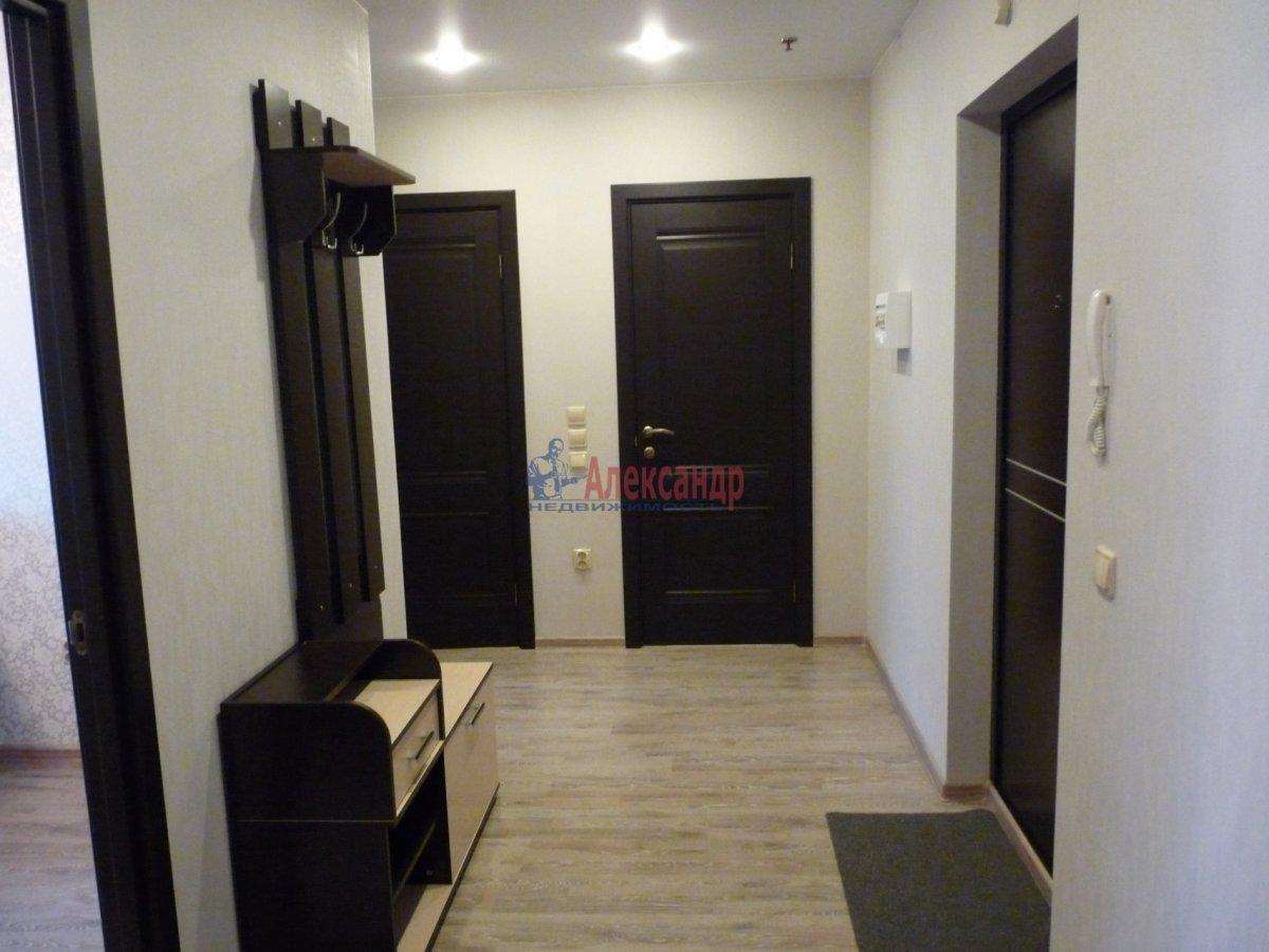 2-комнатная квартира (59м2) в аренду по адресу Обуховской Обороны пр., 138— фото 5 из 13