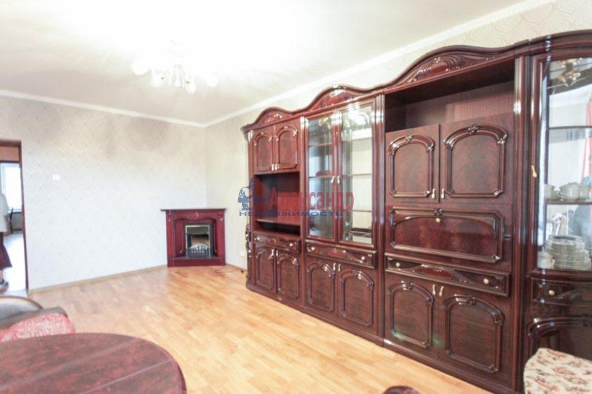 3-комнатная квартира (100м2) в аренду по адресу Ветеранов пр., 52— фото 5 из 11