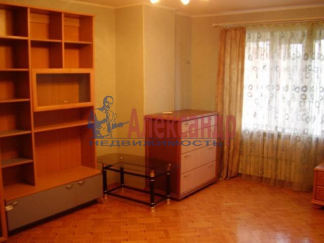 2-комнатная квартира (51м2) в аренду по адресу Альпийский пер.— фото 1 из 4