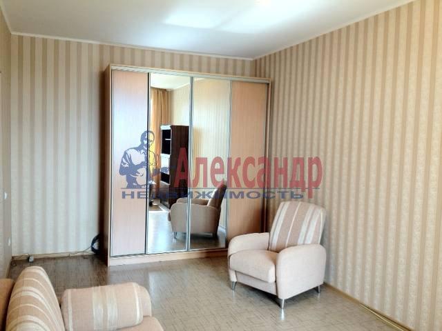 1-комнатная квартира (45м2) в аренду по адресу Просвещения просп., 91— фото 1 из 3