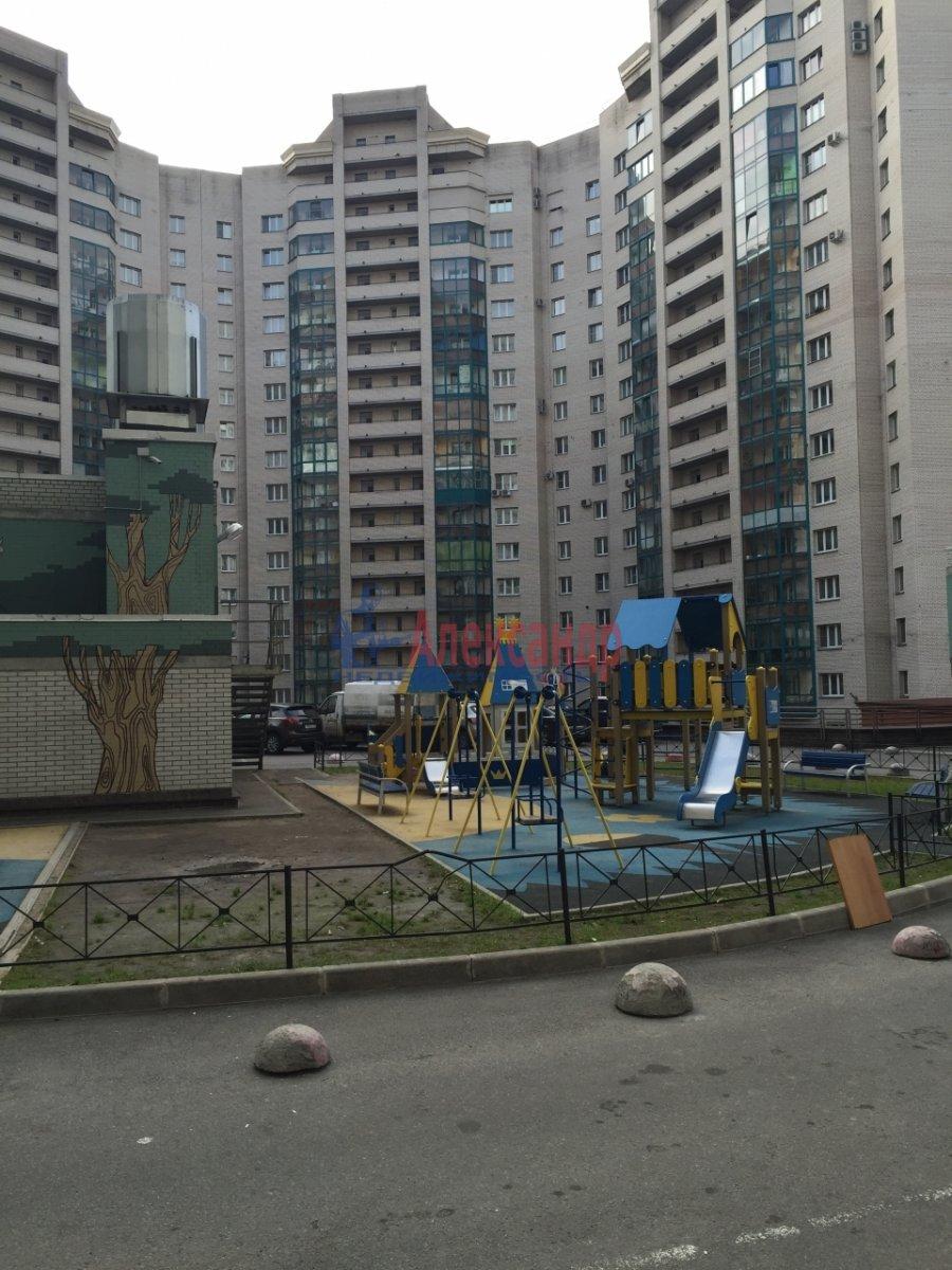 2-комнатная квартира (46м2) в аренду по адресу Шелгунова ул., 7— фото 16 из 16