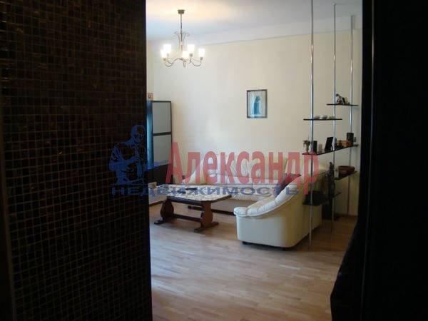 3-комнатная квартира (70м2) в аренду по адресу Московский просп., 192— фото 1 из 9