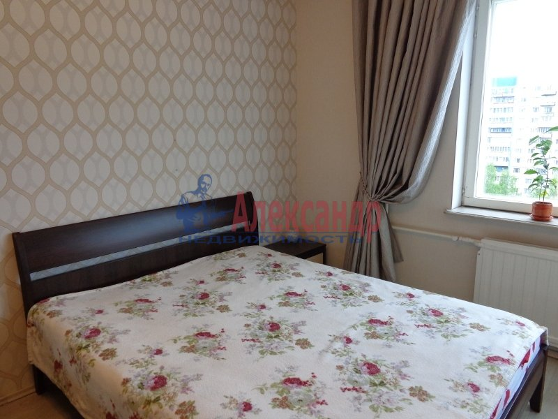 1-комнатная квартира (37м2) в аренду по адресу Коллонтай ул., 5— фото 2 из 6