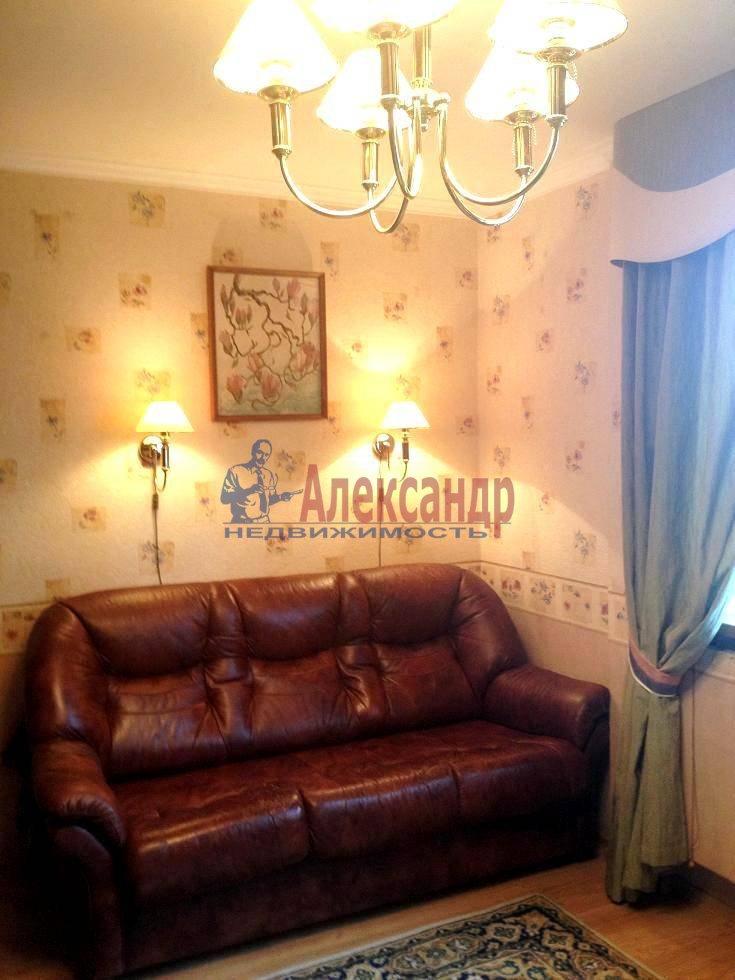 2-комнатная квартира (60м2) в аренду по адресу Испытателей пр., 6— фото 15 из 16