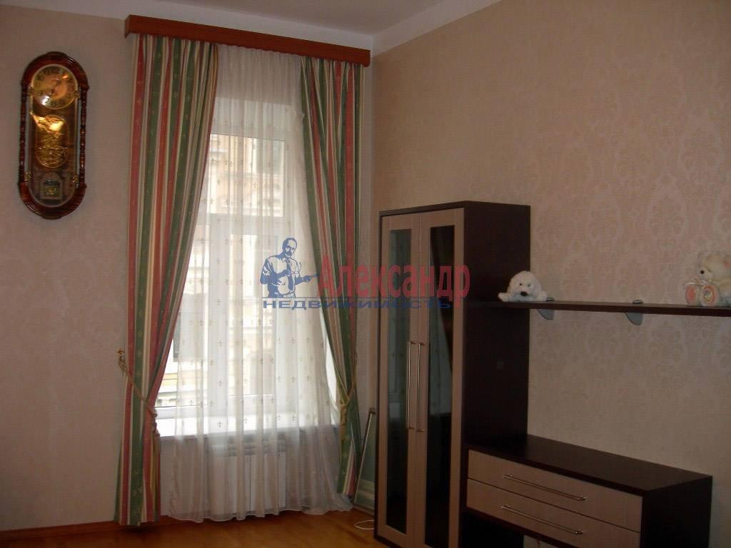 2-комнатная квартира (80м2) в аренду по адресу Невский пр., 158— фото 1 из 11