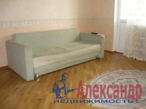 1-комнатная квартира (41м2) в аренду по адресу Учительская ул., 18— фото 8 из 8