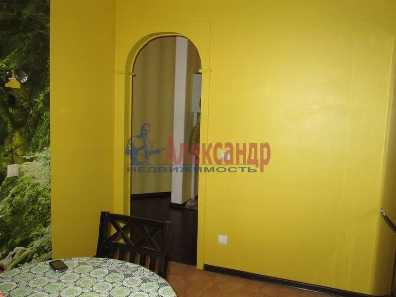2-комнатная квартира (70м2) в аренду по адресу 1 Рабфаковский пер.— фото 1 из 6