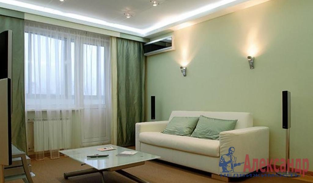 1-комнатная квартира (46м2) в аренду по адресу Малоохтинский пр., 16— фото 1 из 4
