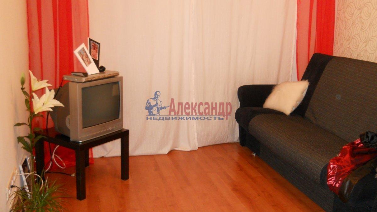 1-комнатная квартира (35м2) в аренду по адресу Декабристов пер., 8— фото 1 из 1