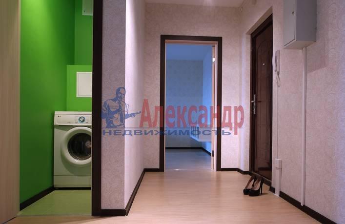 2-комнатная квартира (50м2) в аренду по адресу Космонавтов просп., 61— фото 9 из 11