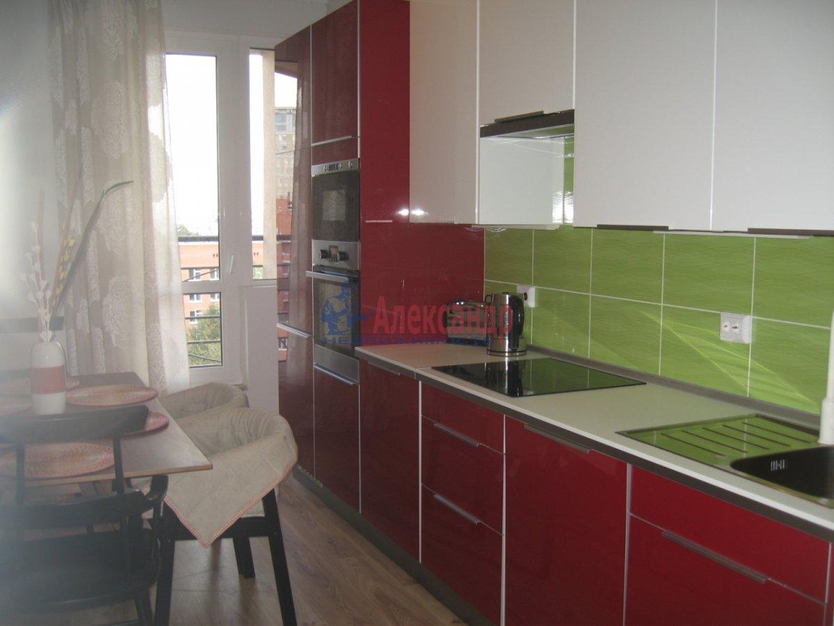 4-комнатная квартира (134м2) в аренду по адресу Детская ул., 18— фото 3 из 14