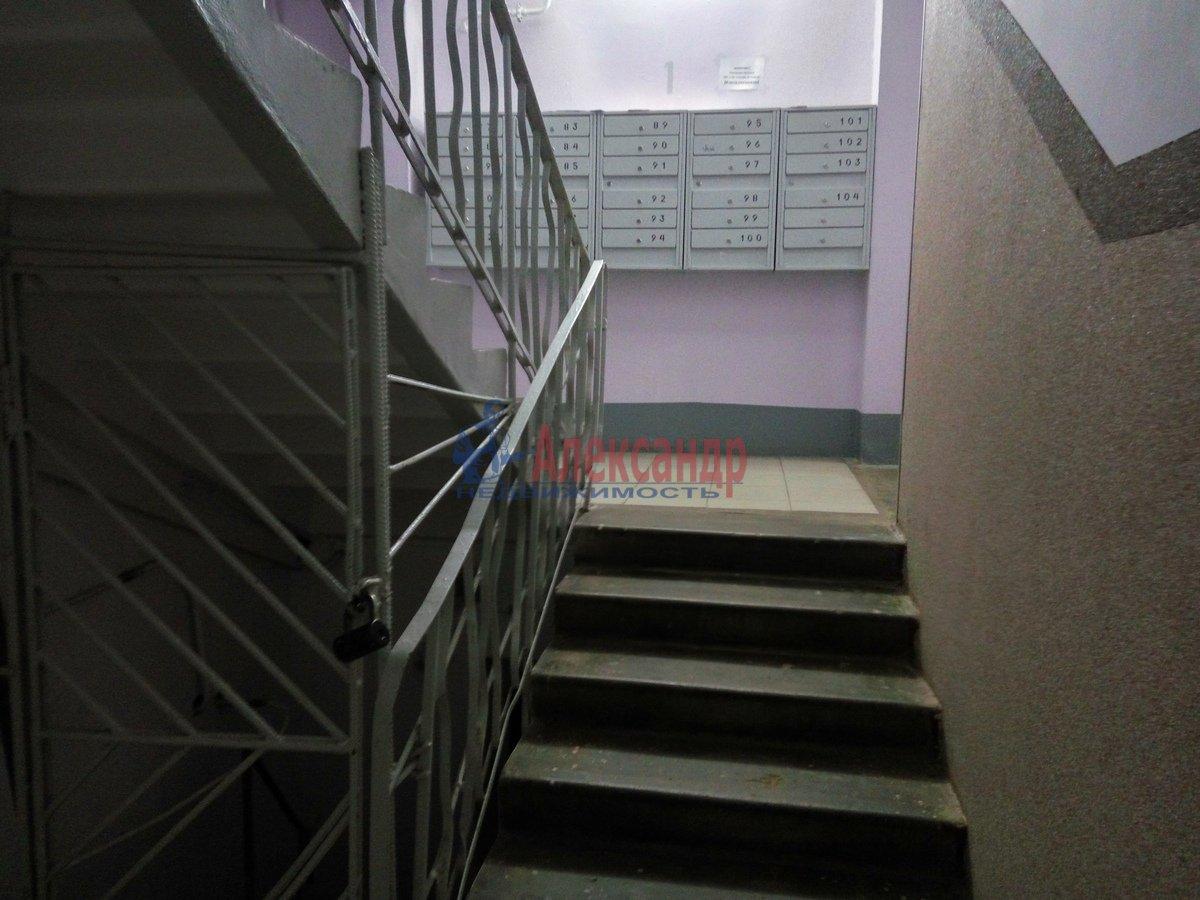 1-комнатная квартира (33м2) в аренду по адресу Художников пр., 19— фото 9 из 11
