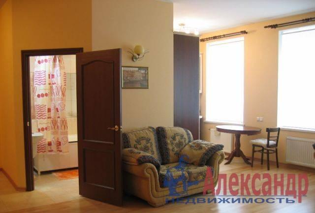 2-комнатная квартира (67м2) в аренду по адресу Ефимова ул., 5— фото 1 из 3