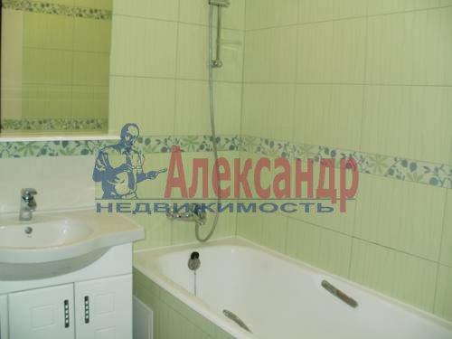 1-комнатная квартира (49м2) в аренду по адресу Коломяжский пр., 15— фото 3 из 6