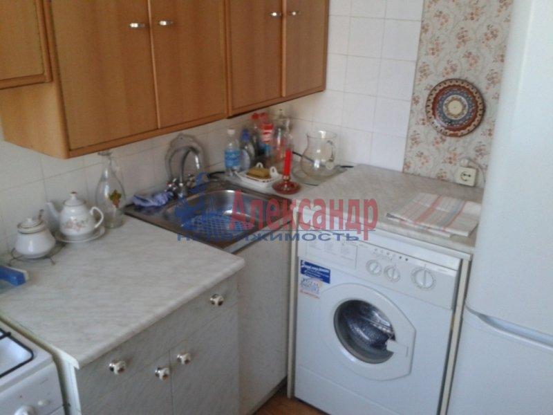 1-комнатная квартира (35м2) в аренду по адресу Бухарестская ул., 31— фото 3 из 6