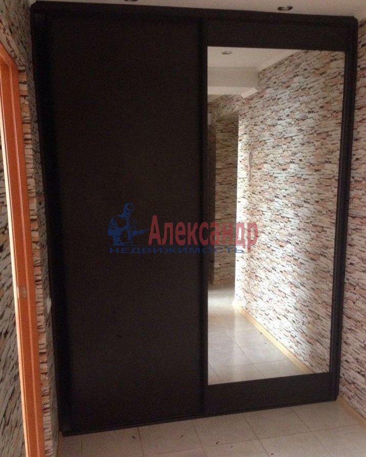 1-комнатная квартира (35м2) в аренду по адресу Караваевская ул., 28— фото 2 из 7