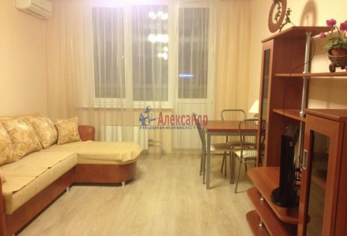 Комната в 2-комнатной квартире (45м2) в аренду по адресу Стойкости ул., 17— фото 1 из 4