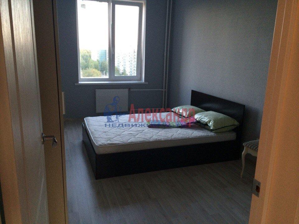 2-комнатная квартира (72м2) в аренду по адресу Уточкина ул., 8— фото 3 из 4