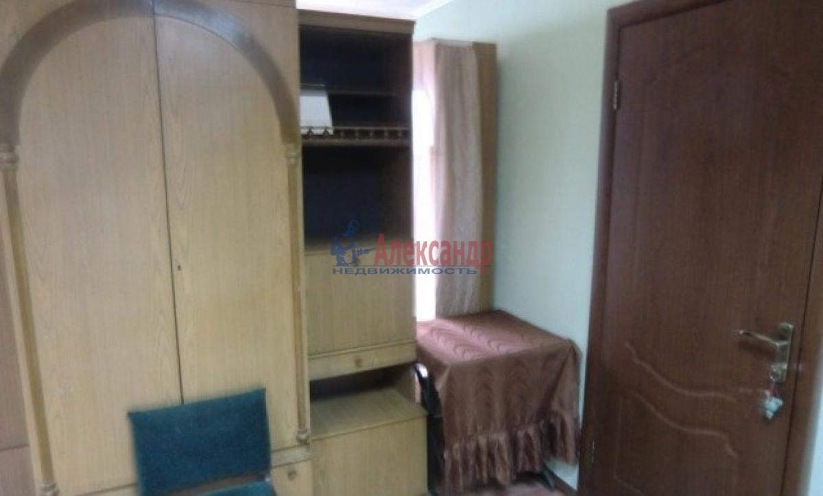 Комната в 2-комнатной квартире (48м2) в аренду по адресу Московский просп., 186— фото 3 из 4