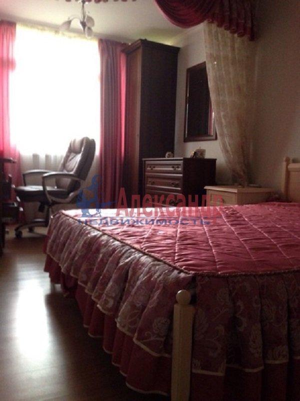 1-комнатная квартира (37м2) в аренду по адресу Реки Фонтанки наб., 136— фото 1 из 4