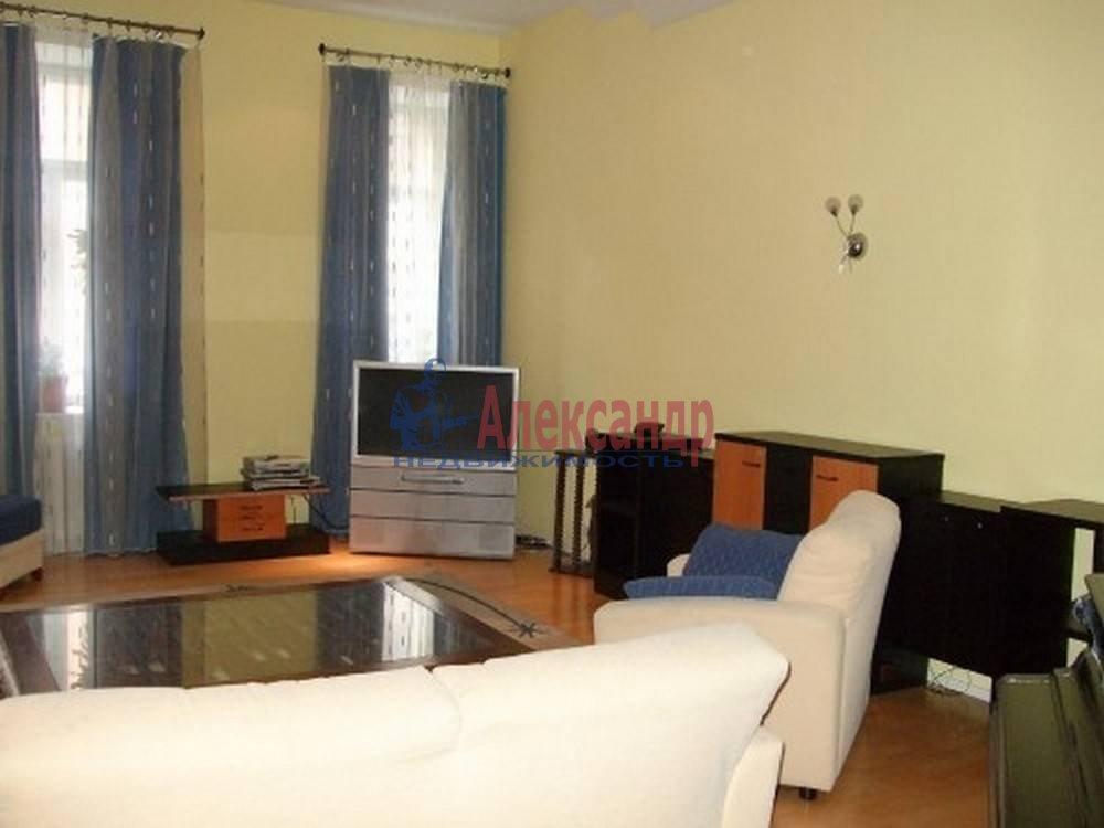 4-комнатная квартира (80м2) в аренду по адресу Полтавская ул., 8— фото 8 из 14