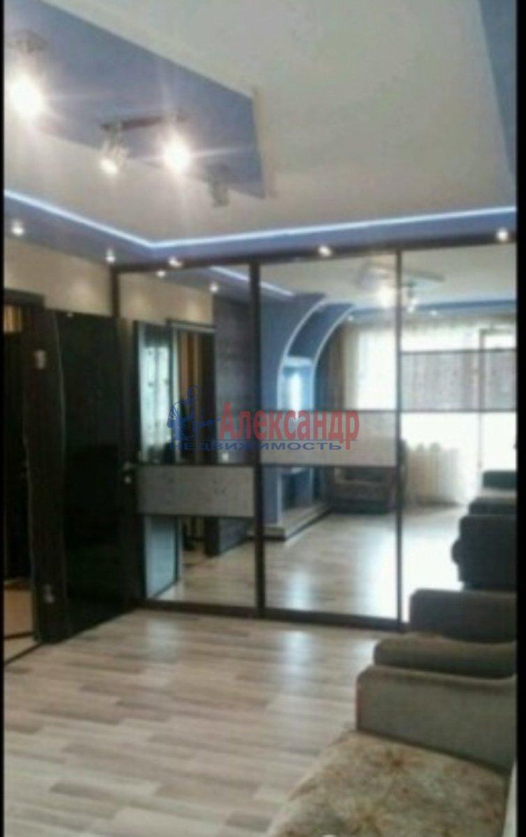 1-комнатная квартира (40м2) в аренду по адресу Стачек пл., 24— фото 1 из 3