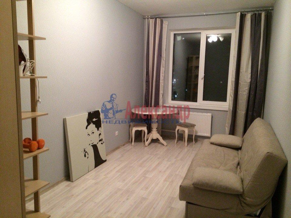 2-комнатная квартира (72м2) в аренду по адресу Уточкина ул., 8— фото 4 из 4