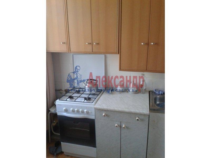 1-комнатная квартира (35м2) в аренду по адресу Бухарестская ул., 31— фото 4 из 6