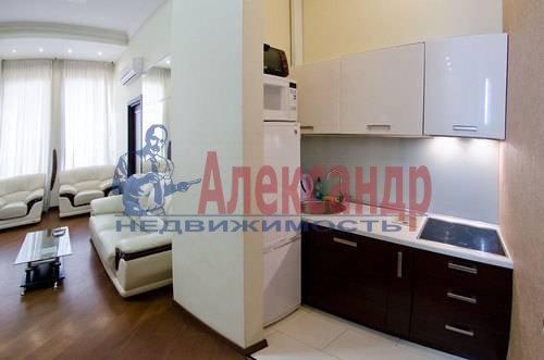 3-комнатная квартира (132м2) в аренду по адресу Реки Фонтанки наб., 40— фото 4 из 11