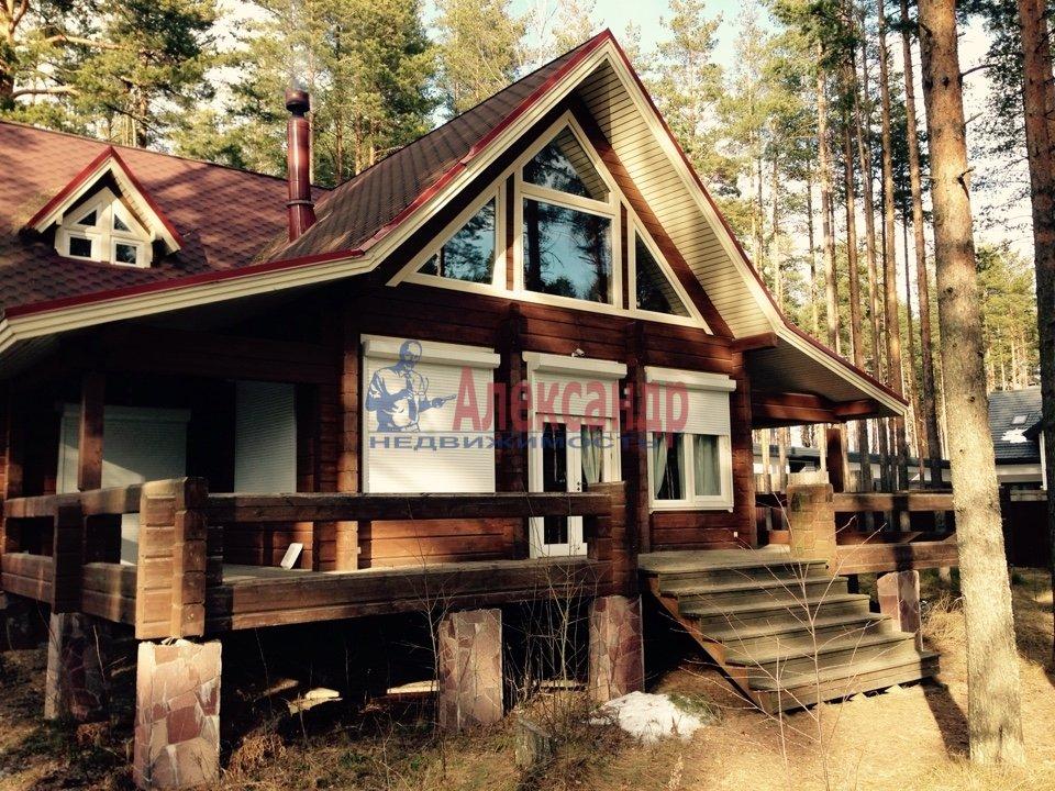 Дом (220м2) в аренду — фото 1 из 7