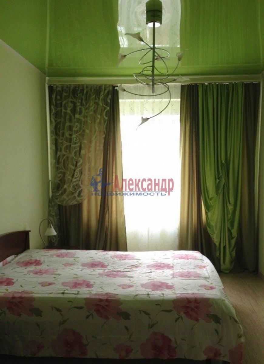 2-комнатная квартира (57м2) в аренду по адресу Реки Смоленки наб., 35— фото 2 из 3