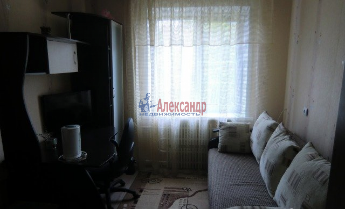 Комната в 2-комнатной квартире (48м2) в аренду по адресу Московский просп., 186— фото 4 из 4